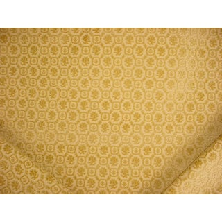 French Country Lee Jofa Checquers Gilt Gold French Floral Velvet Upholstery Fabric - 7y For Sale