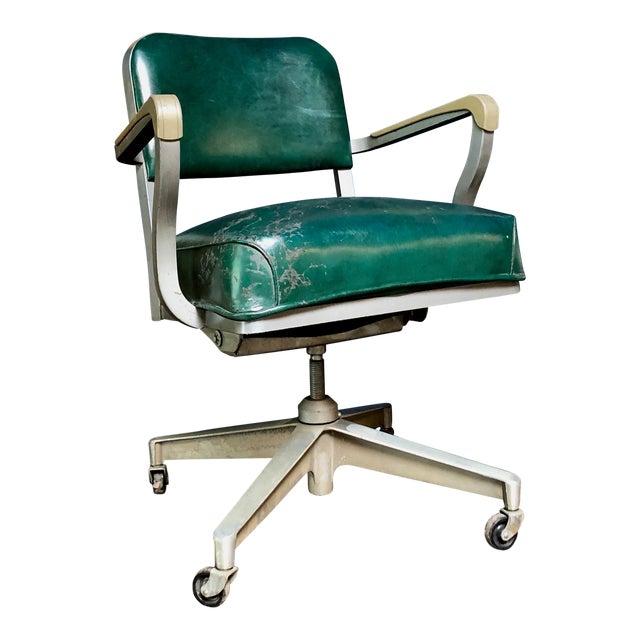 1950s Vintage Beefy Steelcase Banker Rolling Desk Chair For Sale