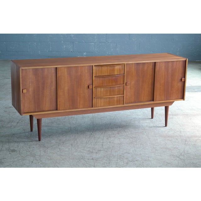 Danish Mid-Century Low Teak Sideboard by Domino Møbler, 1960s For Sale In New York - Image 6 of 11