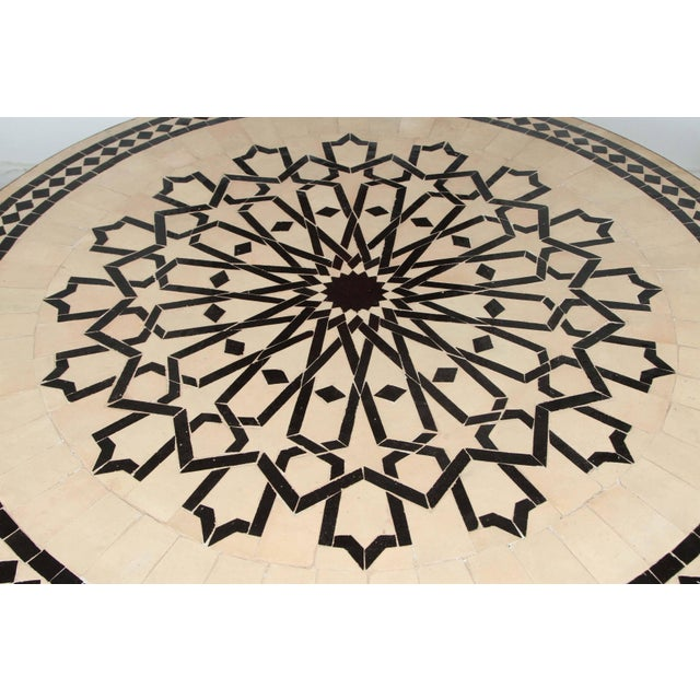 Late 20th Century Moroccan Outdoor Round Mosaic Tile Dining Table on Iron Base 47 In. For Sale - Image 5 of 9