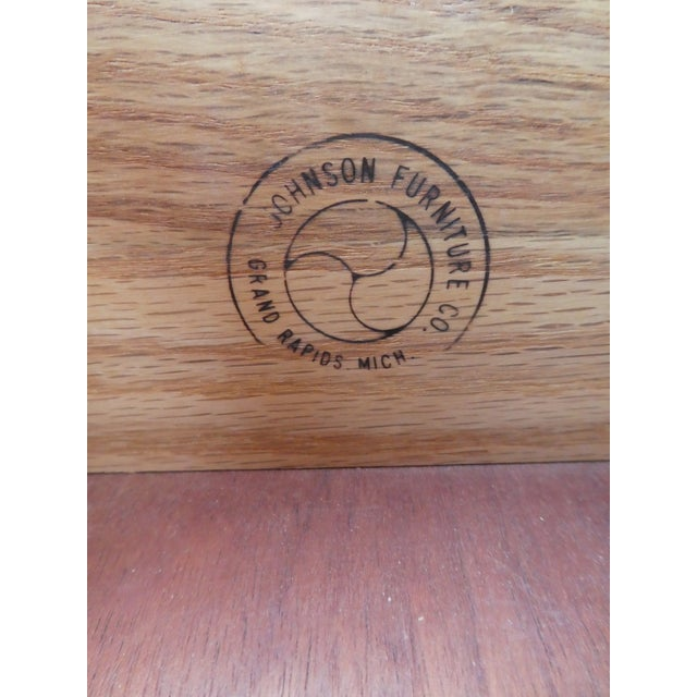 Wood 1950s Mid-Century Modern Johnson Furniture Paul Frankl Nightstand For Sale - Image 7 of 11