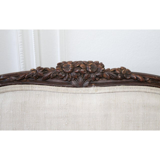 Late 19th Century Carved Walnut Sofa With Antique French Grainsack Upholstery For Sale In Los Angeles - Image 6 of 13