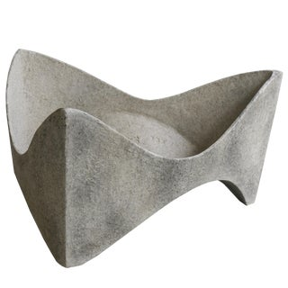 Modern Amoebic Planter in French Grey For Sale