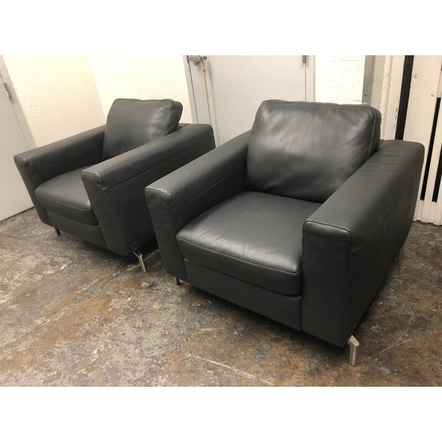 Italian Natuzzi Sollievo B845 Leather Armchairs - A Pair For Sale - Image 3 of 9