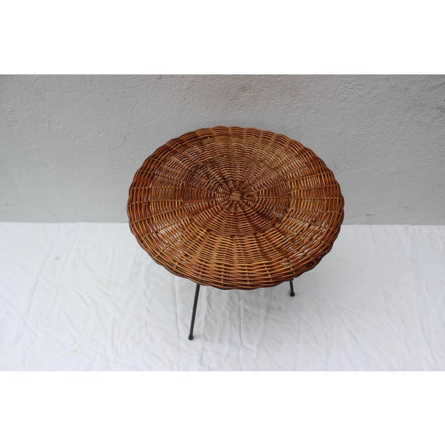 Pair of Rattan Chairs and Table in the Style of Franco Albini For Sale In New York - Image 6 of 8