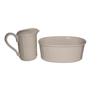 20th Century Shabby Chic Pottery Cream and Sugar Set - 2 Pieces For Sale