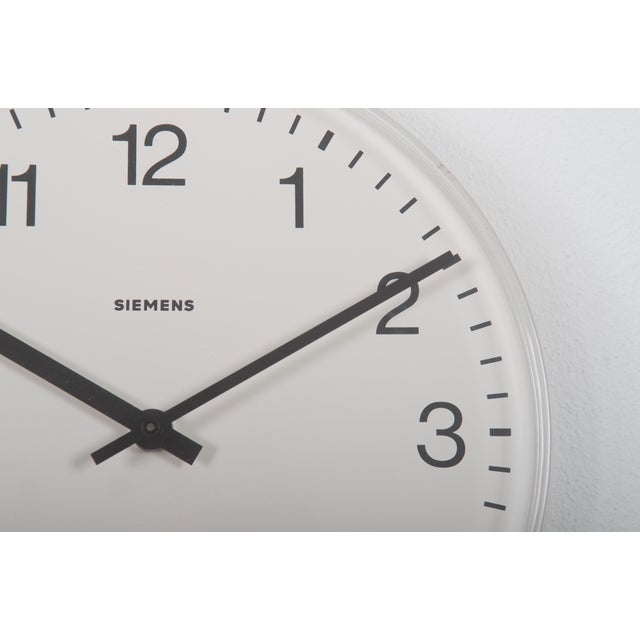 Siemens Factory, Workshop or Train Station Clock For Sale - Image 4 of 6
