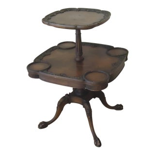 19th Century English Traditional Two-Tier Carved Mahogany Pie Crust Table For Sale