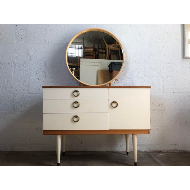 Vintage 1970s Mid Century Modern Vanity by Schreiber For Sale - Image 11 of 11