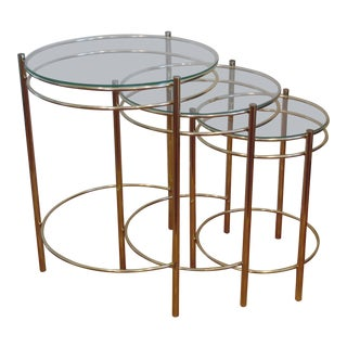 20th Century Hollywood Regency Round Brass and Glass Nesting End Tables - Set of 3 For Sale