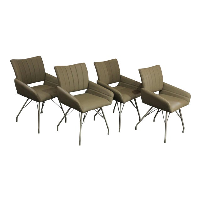 https://chairish-prod.freetls.fastly.net/image/product/sized/0d657ef8-70ee-4bb1-98fe-a90c27829020/1970s-modern-italian-leather-chairs-w-chrome-hairpin-style-legs-set-of-4-9775?aspect=fit&width=640&height=640