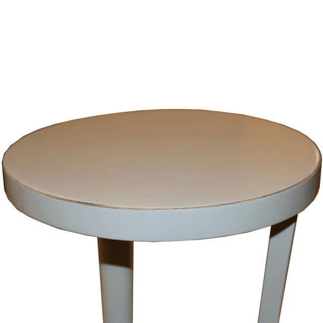 Contemporary Round Gray Cocktail Table For Sale In San Francisco - Image 6 of 7