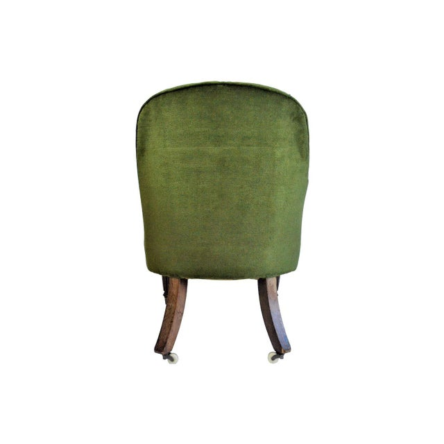 English Early 20th Century English Edwardian Emerald Velvet Club Chair For Sale - Image 3 of 5