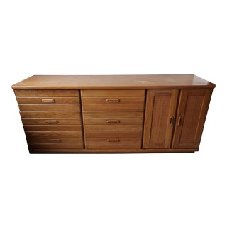 Broyhill Solid Oak 1970's 9-Drawer Dresser