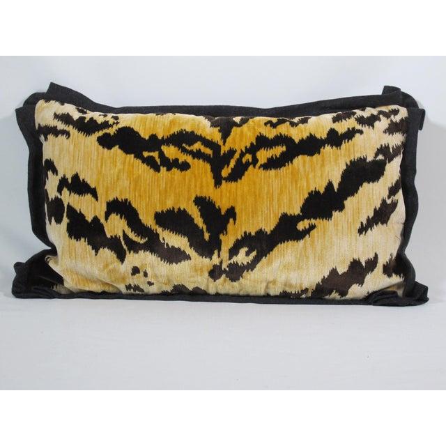Hollywood Regency Bevilacqua Tiger Stripe Velvet Pillow For Sale - Image 4 of 4