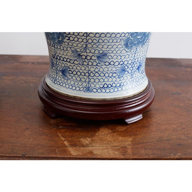 Chinese Porcelain Blue and White Ginger Jar Lamps For Sale - Image 10 of 12
