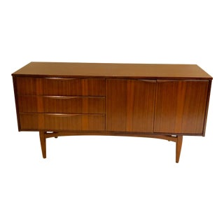 Mid Century Modern Rosewood Buffet/Credenza For Sale