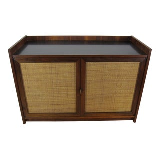 1960s Mid-Century Modern Jack Cartwright for Founders Walnut Sideboard Credenza For Sale
