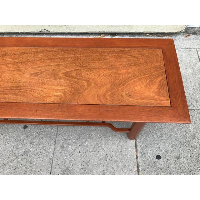 Henredon Heritage Mahogany Coffee Table For Sale - Image 5 of 6