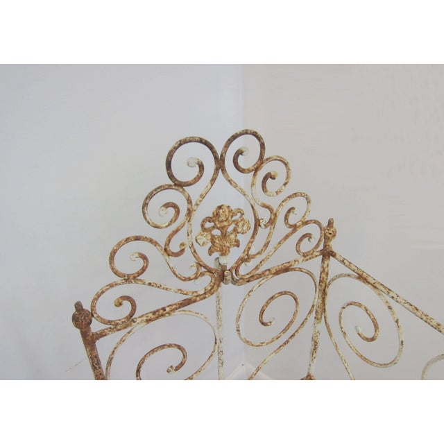 Victorian Antique Wrought Iron Scrollwork Crib - Image 3 of 7