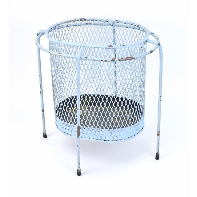 Circa 1953 Maurice Duchin Iron Mesh Mid-Century Modernist Waste Basket For Sale In Chicago - Image 6 of 6