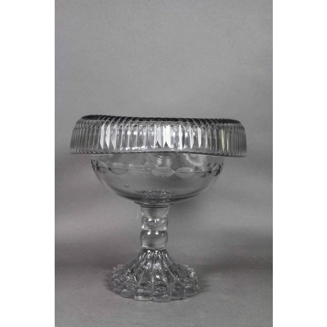 Neoclassical George III Irish Cut Glass Footed Compote For Sale - Image 3 of 11