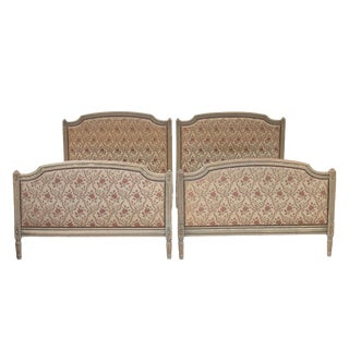 Early 20th Century Antique Louis XVI Style Painted Beds - a Pair For Sale