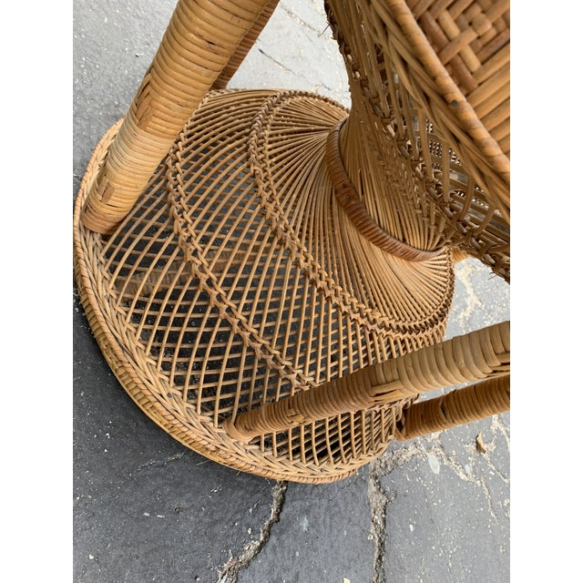 1970s Vintage Wicker Peacock Chair For Sale - Image 5 of 12