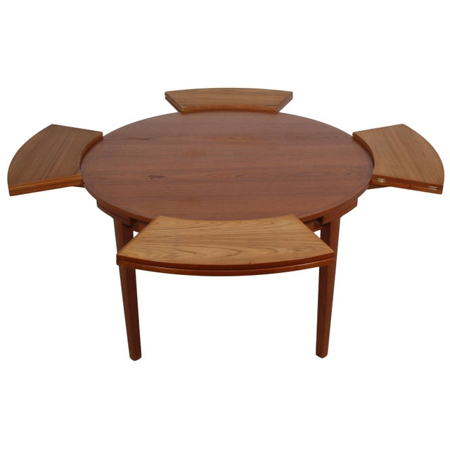 """Mid-Century Modern Dyrlund """"Flip-Flap"""" Lotus Dining Table For Sale - Image 3 of 10"""
