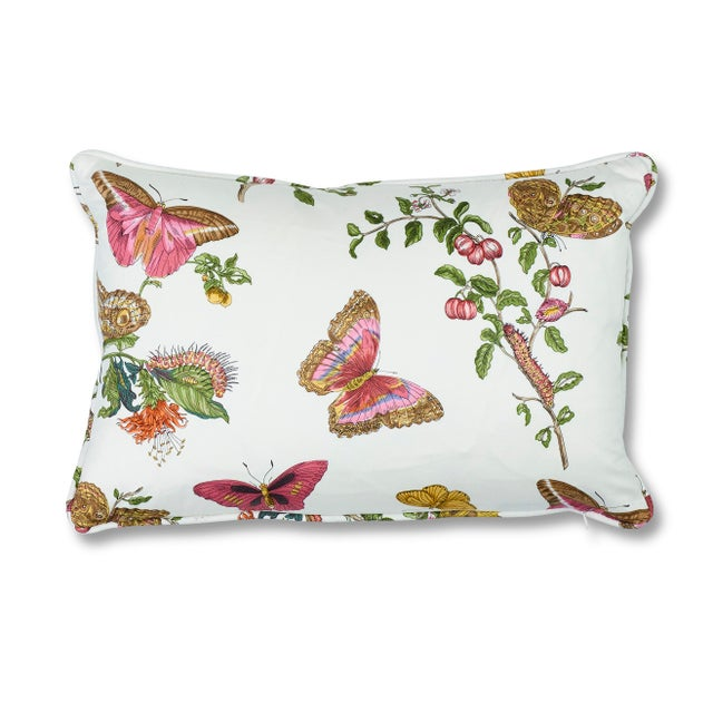 Schumacher Baudin Butterfly Chintz Pillow in Blush For Sale In New York - Image 6 of 6