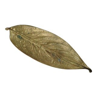 Vintage Virginia Metalcrafters Patinated Brass Calathea / Prayer Plant Leaf Dish For Sale