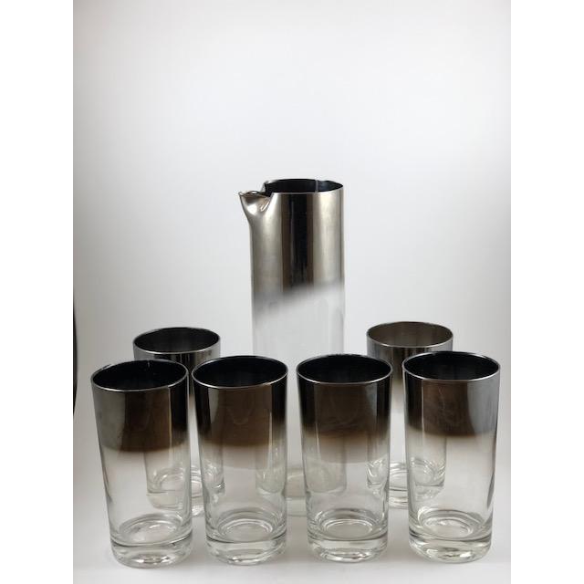 Dorothy Thorpe Vintage Dorothy Thorpe Chromed Highball Glasses and Pitcher - Set of 7 For Sale - Image 4 of 4