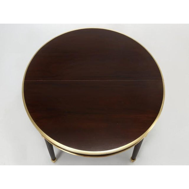 Antique French Louis XVI Mahogany Oval or Round Dining Table For Sale In Chicago - Image 6 of 13