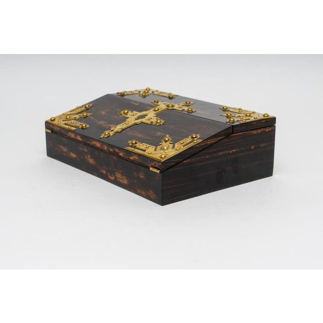 This stylish and chic late 19th century Edwardian traveling laptop desk was acquired from a Palm Beach estate and has been...