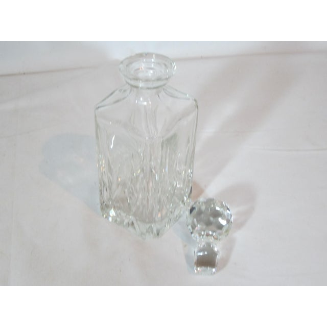 Mid-Century Modern Crystal Faceted Square Decanter For Sale - Image 3 of 4
