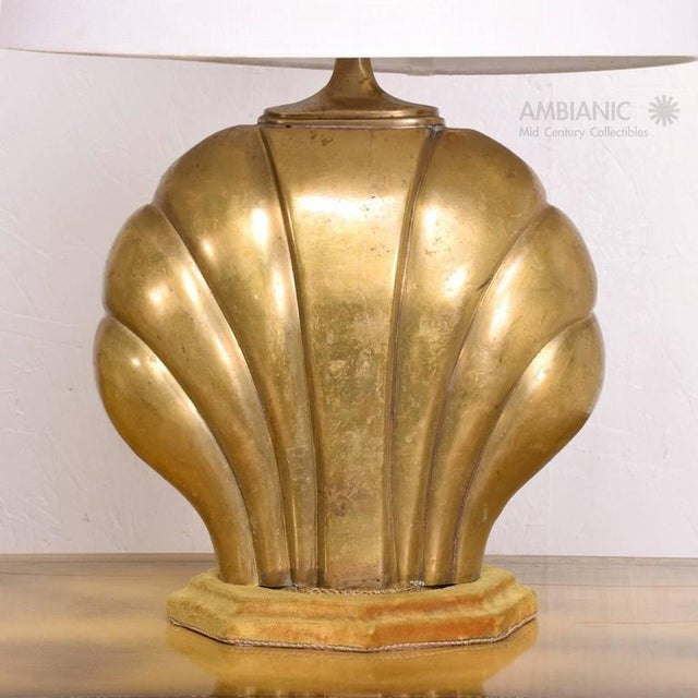 Metal Hollywood Regency Sea Shell Table Lamp in Brass For Sale - Image 7 of 10