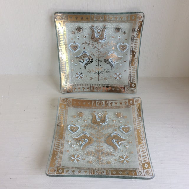 Mid-Century Modern Gold and White Glass Cocktail Dishes by Porter For Sale - Image 13 of 13
