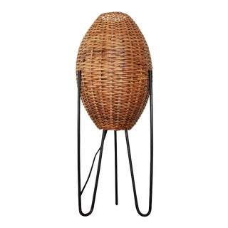 Vintage Wicker & Iron Hairpin Leg Table Lamp by Paul Mayen For Sale