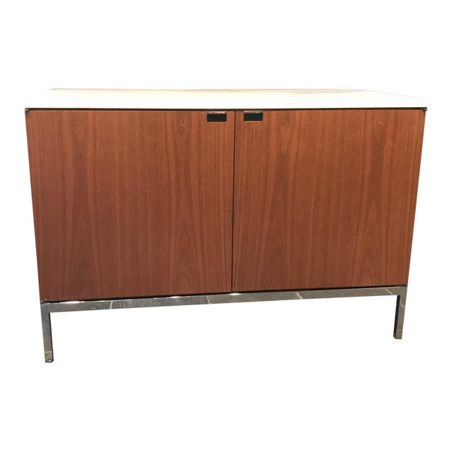 Florence Knoll Walnut Credenza With Calacatta Marble Top and Finished Back For Sale