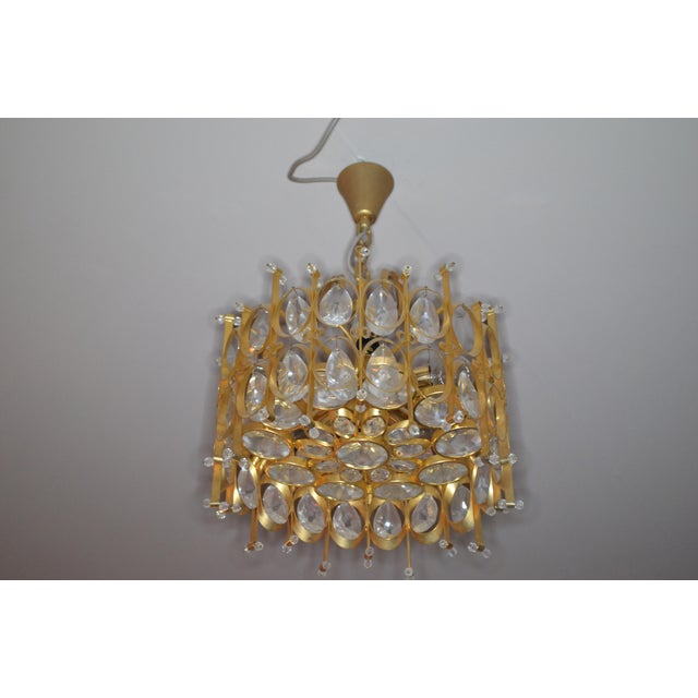 Vintage Hollywood Regency Crystal Chandelier in Style of Gaetano Scilari for Palwa For Sale - Image 9 of 9