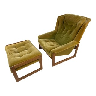 Mid-Century Stylish Dux Lounge Chair & Ottoman Attributed Folke Ohlsson - a Pair For Sale