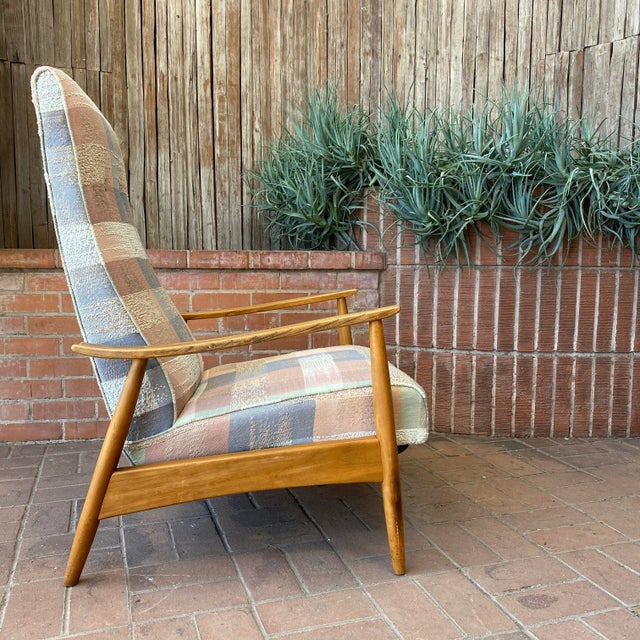 Wonderful recliner lounge chair designed by Milo Baughman for James Inc. Milo Baughman was known for his innovative...