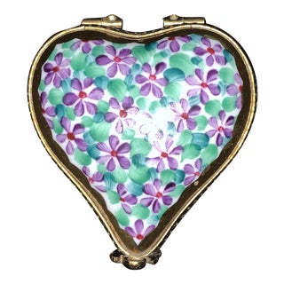 Early 20th Century Limoges Heart-Shaped Box For Sale