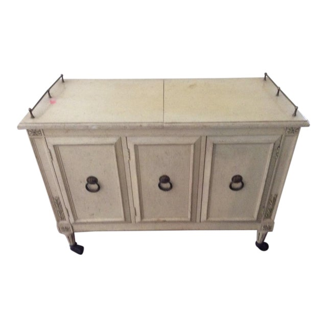 Hickory Manufacturing Co. Mid-Century Modern Buffet For Sale