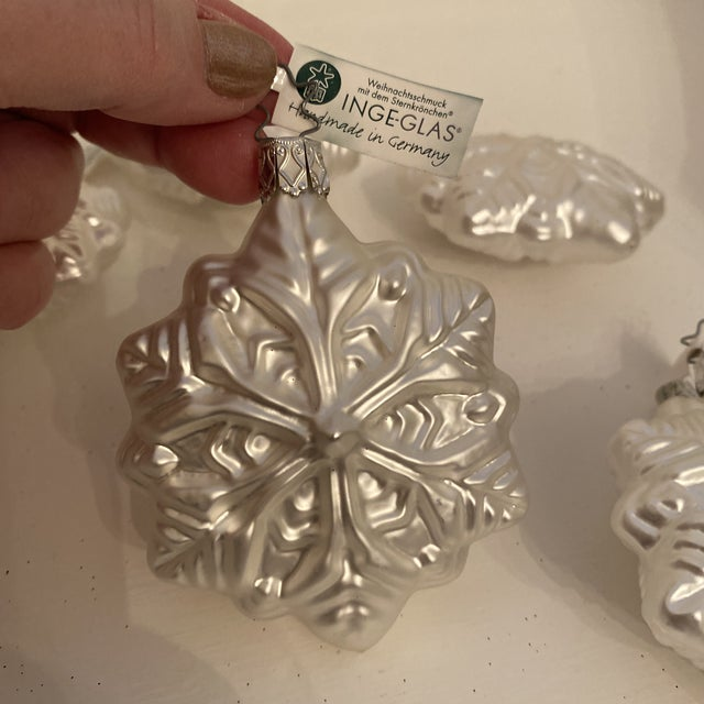 Inge Glass Snowflake Ornaments - Set of 6 For Sale - Image 11 of 13