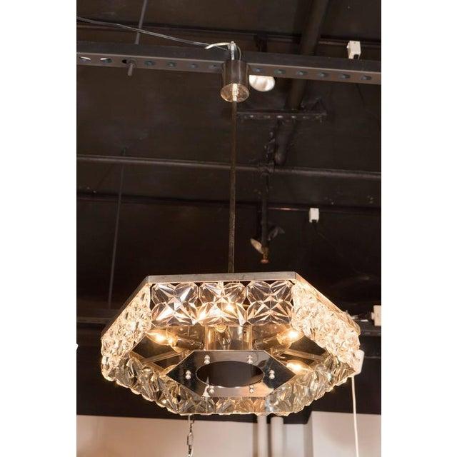 Mid-Century Modernist Faceted Crystal Hexagonal Chandelier by Kinkeldey For Sale In New York - Image 6 of 10