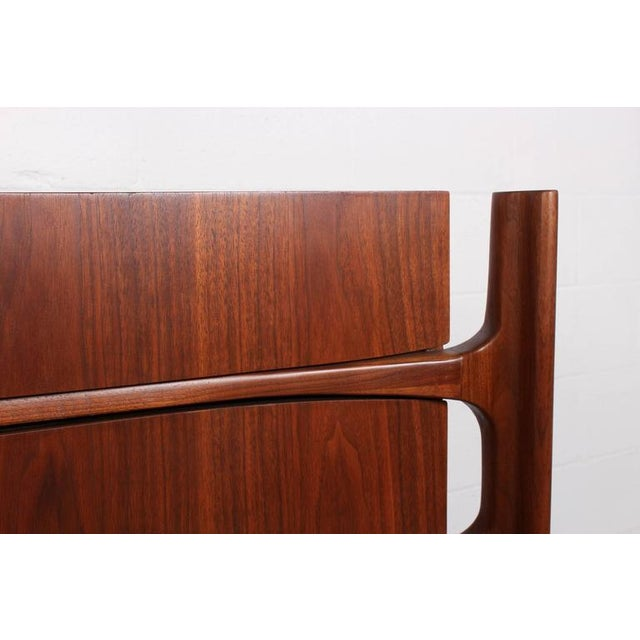 Walnut Curved Front Dresser Designed by William Hinn - Image 9 of 10
