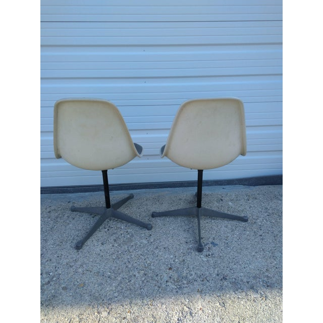 Herman Miller Dining Chairs - A Pair | Chairish