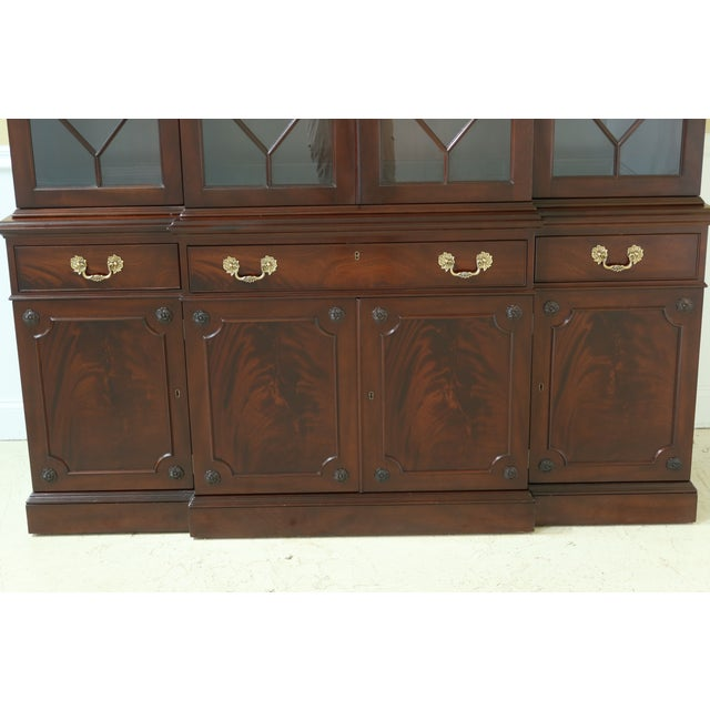 Traditional Kittinger Richmond Hill Collection Mahogany Breakfront For Sale - Image 3 of 13