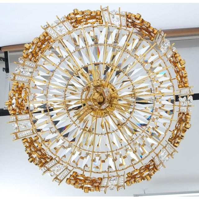 Palwa Pair Golden Brass Crystal Glass Encrusted Chandeliers, Germany 1960 For Sale - Image 6 of 8